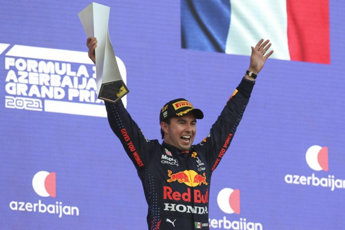 Wie is die Mexicaan die Max Verstappen dit jaar mee moet helpen wereldkampioen te worden?
