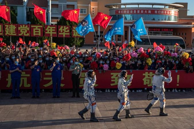 China zet hoog in met ruimtevaartprogramma, eerste bemande vlucht in vijf jaar onderweg