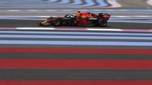 Verstappen fractie sneller dan Bottas in tweede vrije training