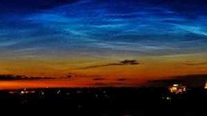 Ze zijn zeldzaam mooi: lichtende nachtwolken gespot boven Limburg