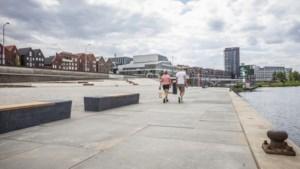 Venlo sluit gebied bij Maas vanwege coronadrukte en drugsoverlast