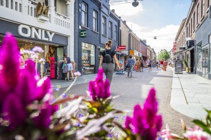 Waarom Venray eigenlijk maar een groot dorp is en waarom juist dat zijn winkelcentrum zo sterk maakt
