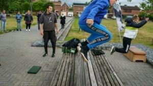 Sportactiviteiten voor 'verveelde jeugd' in Stein trekken negentig deelnemers
