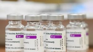 Zestigplussers starten petitie om na AstraZeneca als tweede prik Pfizer te kunnen krijgen