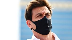 F1-Podcast: 'Toto Wolff is een hele slechte verliezer'