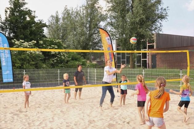 Nieuw beachvolleybalveld in Melderslo voor algemeen gebruik