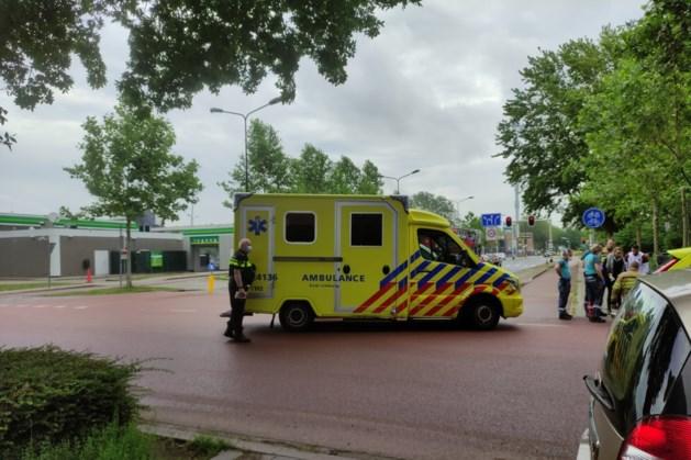 Peuter gewond naar ziekenhuis na aanrijding door auto in Maastricht