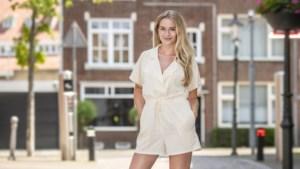 Model Puck uit Steyl stemt haar kleding af op haar omgeving: 'Ik ben nog net geen kameleon'