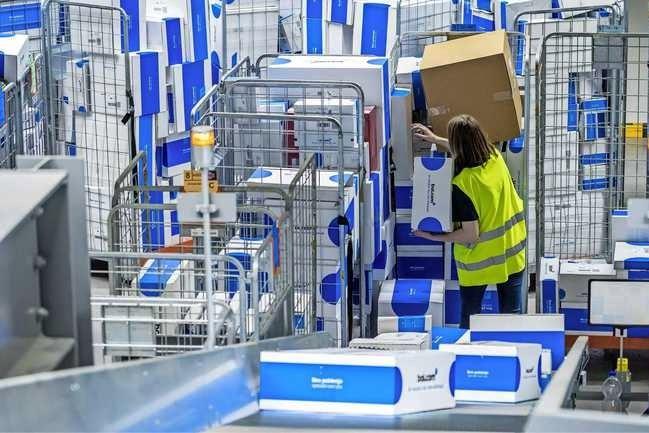 Online winkelen: Bijna 8 miljard euro voor 90 miljoen spullen in vier maanden