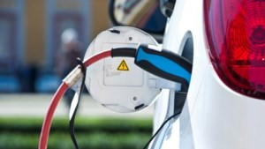 Sittard-Geleen breidt aantal laadpunten voor elektrische auto's fors uit: deze straten zijn het eerst aan de beurt