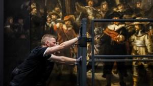 Nachtwacht voor even weer compleet te zien, zoals Rembrandt het had bedoeld