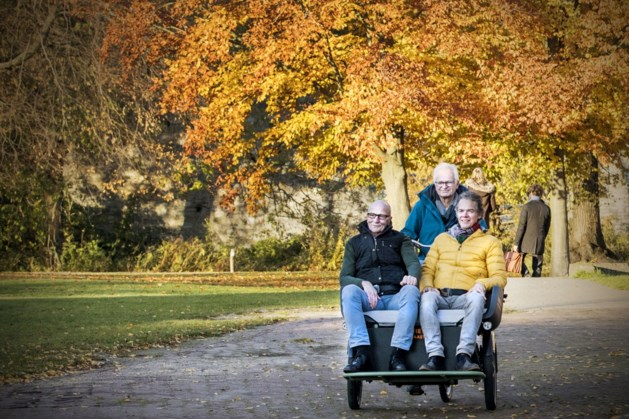 Eerste riksja voor mensen die slecht ter been zijn is gratis te boeken in Maastricht
