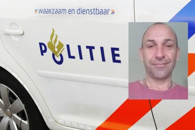 Politie slaat alarm vanwege vermist persoon: 'Zijn deur stond open, met de sleutels nog in het slot'