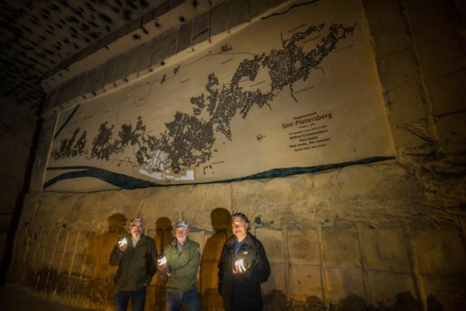 Plattegrond van tien bij vier meter van de complete Sint Pietersberg: monnikenklus is geklaard