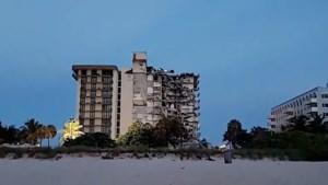 Video: Flatgebouw ingestort in Miami, jongen uit puin gered