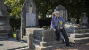 Heemkundige Jan Teunissen (1934-2021) leidde talloze bezoekers rond op zijn geliefde Heerlense stadsbegraafplaats