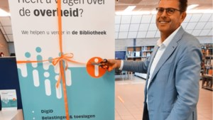 Informatiepunt Digitale Overheid in bieb Reuver geopend