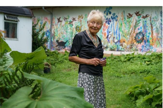 Marijke Stultiens is 94 jaar en nog niet van plan om te stoppen met haar kunst