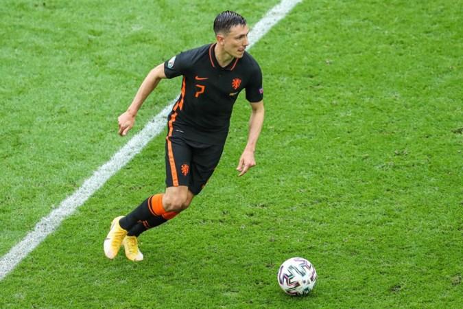 4 of 8 miljoen: Ajax en Feyenoord ruziën over transfersom van Steven Berghuis