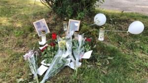 Bloemen en kaarsjes voor verongelukte jongen Floriadeterrein