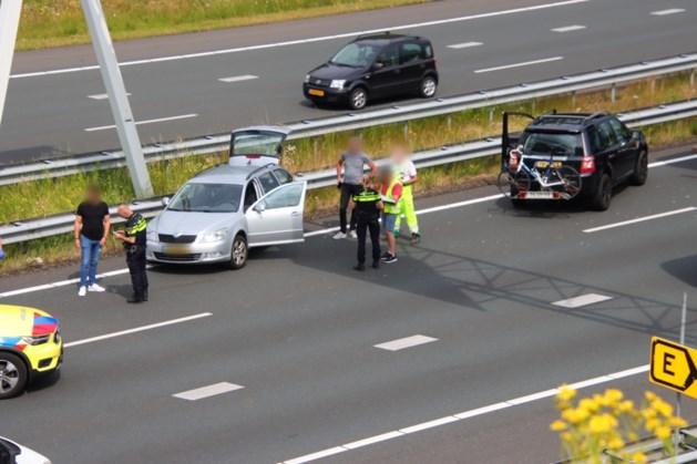 Vrachtwagen en auto botsen op A73