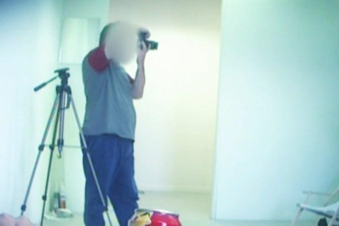 OM eist 6 jaar cel tegen amateurfotograaf uit Brunssum voor naaktfoto's onder dwang van minderjarige meisjes