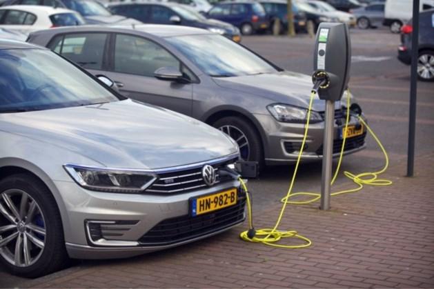 'Nederland EU-koploper oplaadstations elektrische auto's'