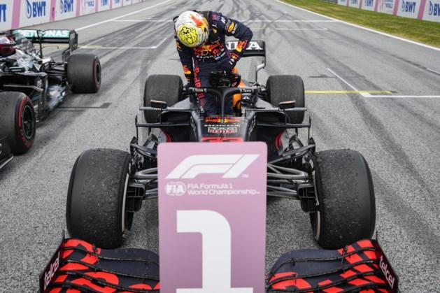 Verstappen wint in Oostenrijk ook in de pitsstraat