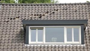 Opnieuw dakpannen losgekomen door overkomend vliegtuig: 'Ik heb geen zin om met een helm door de tuin te lopen'