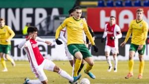 Eerste profcontracten voor aanvaller Kastrati en doelman Hendriks