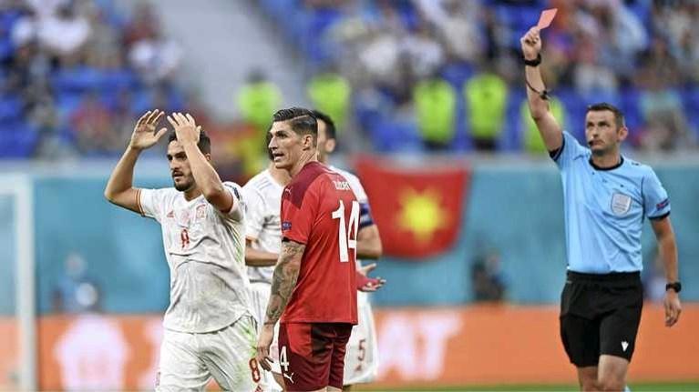 Spanje voorkomt nieuwe EK-stunt Zwitserland