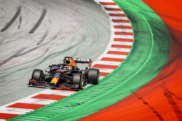 Klagende Verstappen start vanaf pole-position, Hamilton slechts vierde