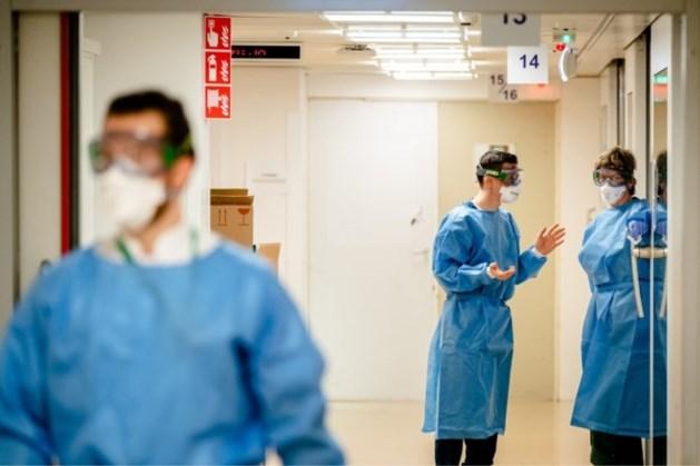 Steeds minder coronapatiënten in ziekenhuizen