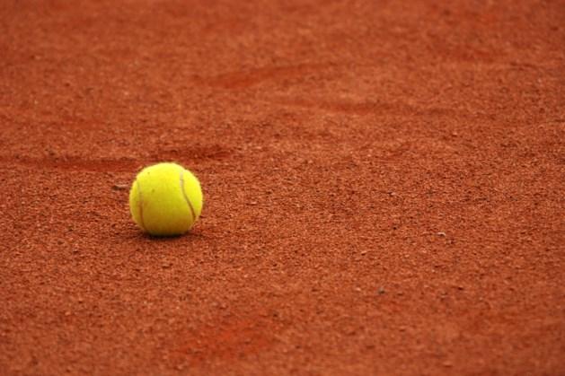 Tennistoernooi in Bergen voor leden en oud-leden