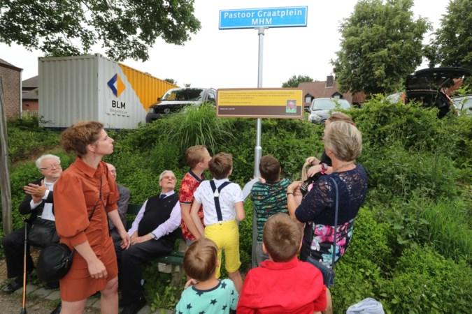 Plein in Reijmerstok vernoemd naar overleden pastoor René Graat