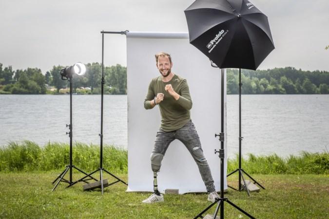 Paul uit Born is model met een beenprothese: 'Je hoeft je niet te verstoppen als je niet perfect bent'