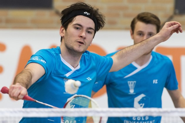 Badmintonner Nico Hermans gaat in Roosteren 2 spelen