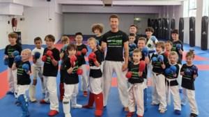 Jolano Lindelauf laat unieke kans schieten: sportschool en leerlingen gaan voor eigen glorie