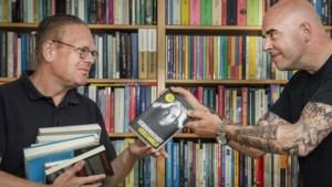 Leon Verdonschot brengt zijn gebundelde columns zelf naar de fans