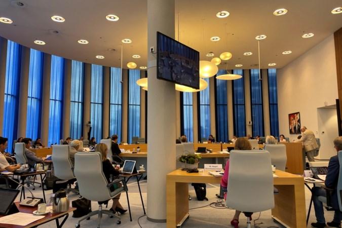 Raad Weert rekent zich vast rijk en wil af van hondenbelasting