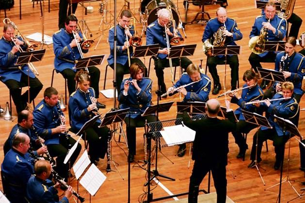 Harmonie en mannenkoren Vaals geven concert op Prins Willem Alexanderplein