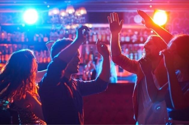 Horeca mogelijk middernacht al dicht, minder bezoekers festivals