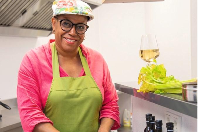 Judith Cyrus schreef kookboek 'Paramaribo': over kipfilet-Surinamers en snert met bakbanaan