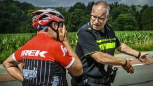 Een tijdrecord op de racefiets vestigen zit er op een drukke zondag in het Heuvelland niet in