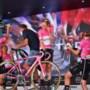 Anna van der Breggen voert toptrio SD Worx aan op Giro-podium: 'Zo'n overmacht slaat eigenlijk nergens op'