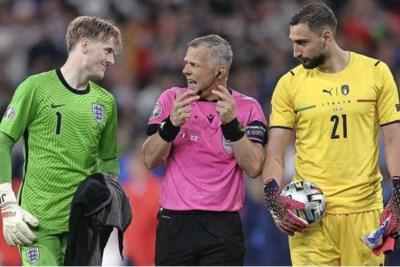 IJzersterk afscheid Björn Kuipers in EK-finale