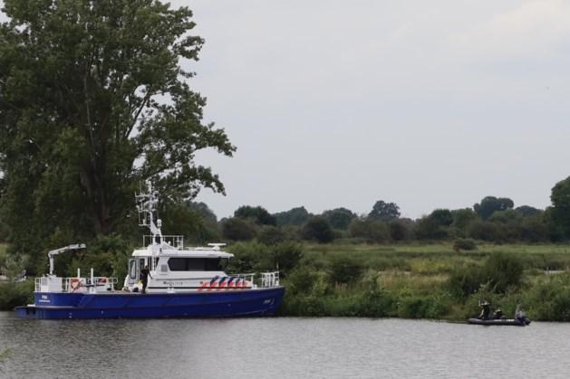 Politie treft lichaam aan in de Maas bij Milsbeek