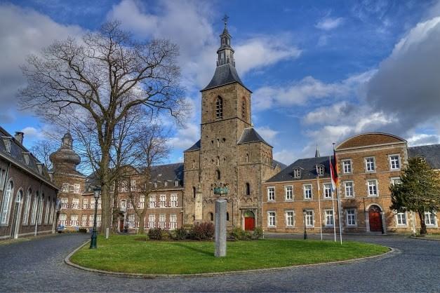 Bert Schiffelers over herstart rondleidingen abdijcomplex: 'Mogelijkheden van Rolduc zijn legio'