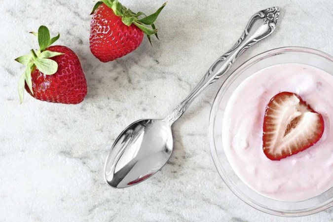 Smaaktest: dit is onze top 5 van lekkerste aardbeienyoghurt