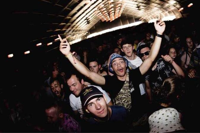 Hoe de Belgen willen gaan feesten (en testen): 'We moeten leren van Nederlandse fouten'